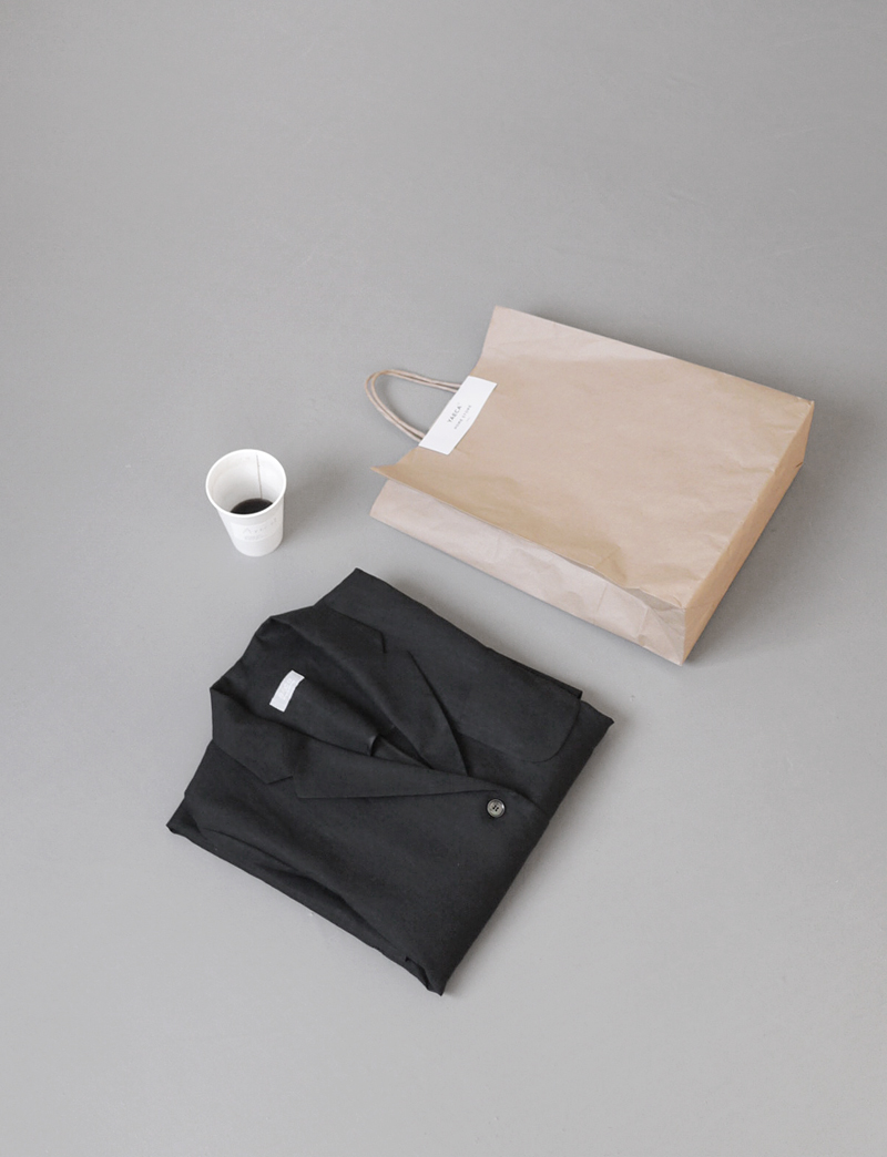 FRENCH LINEN JACKET.black