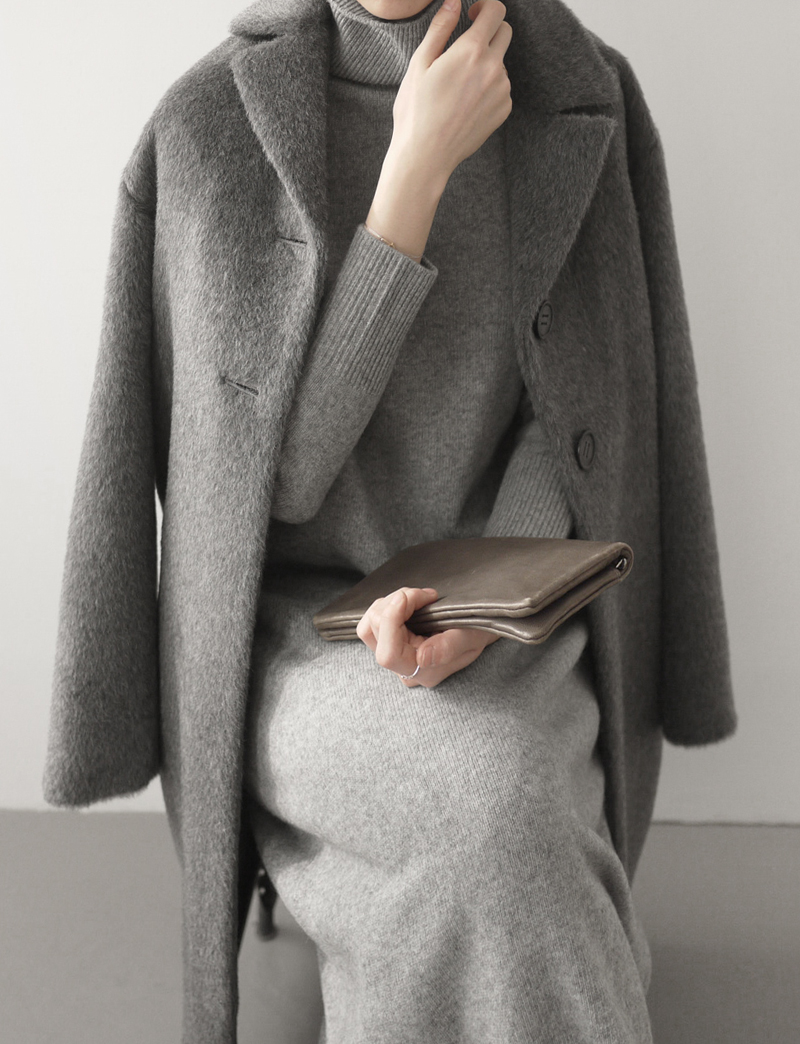 LLAMA COAT.medium gray